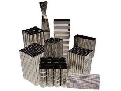 - Neodymium Magnet Square Block Strong N52 (20mm x 20mm x 5 mm)