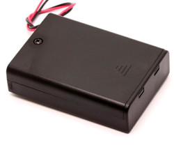 Battery Holder 3 x AA with Cover and Switch - Thumbnail