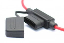 Fuse Holder with Cap - Thumbnail