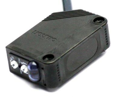 Omron - Omron E3Z-D82 Diffuse Type Reflective Sensor