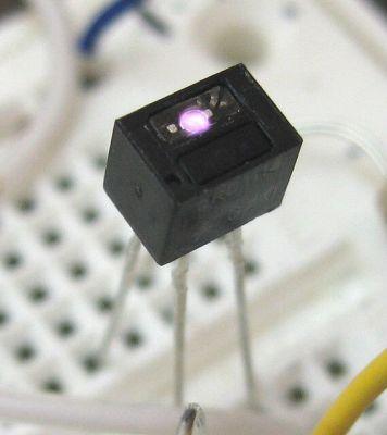 Fairchild - QRD1114 Optocoupler (Line Edge Sensor)